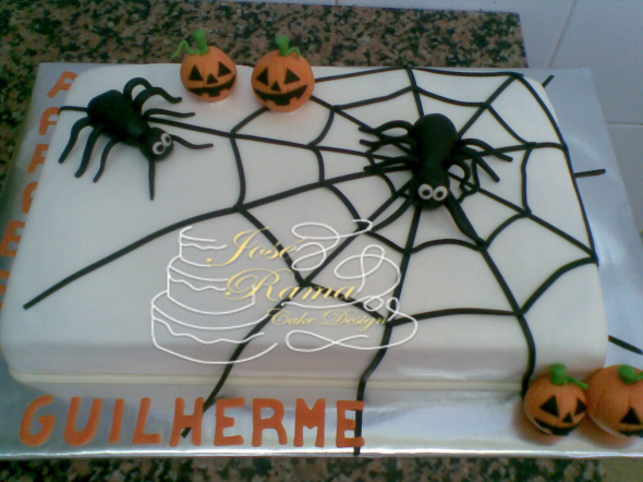 10 – Halloween Aranha
